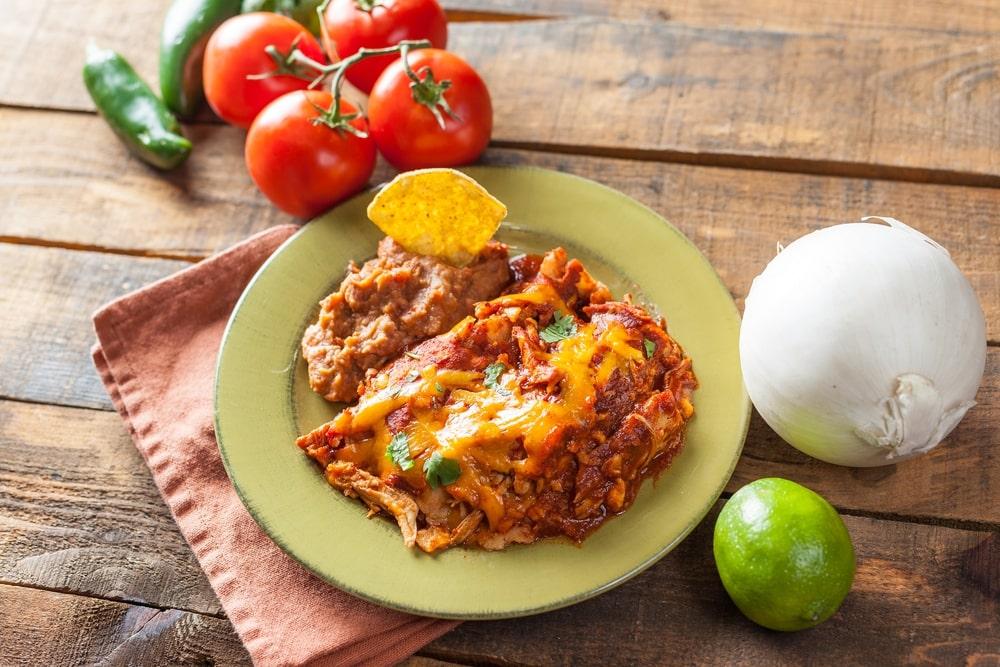 low carb chicken enchilada casserole with cauliflower
