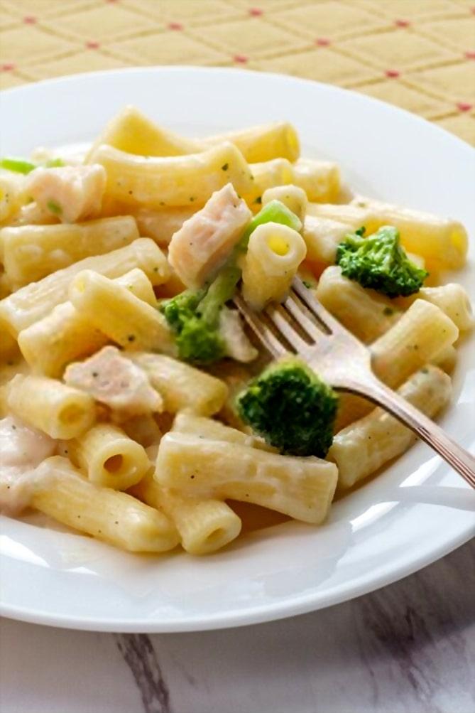 chicken alfredo and broccoli recipe easy