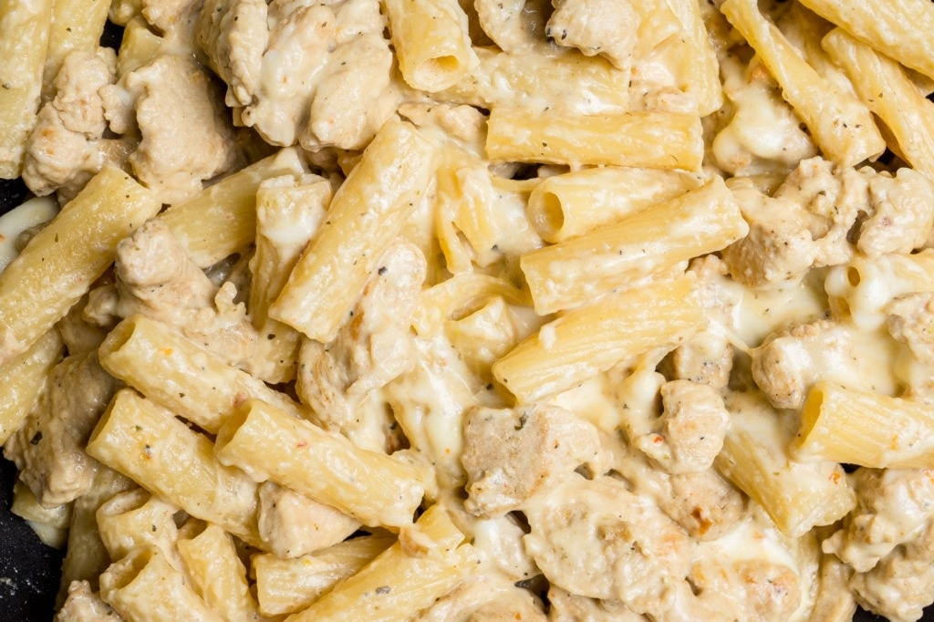 chicken alfredo crock pot