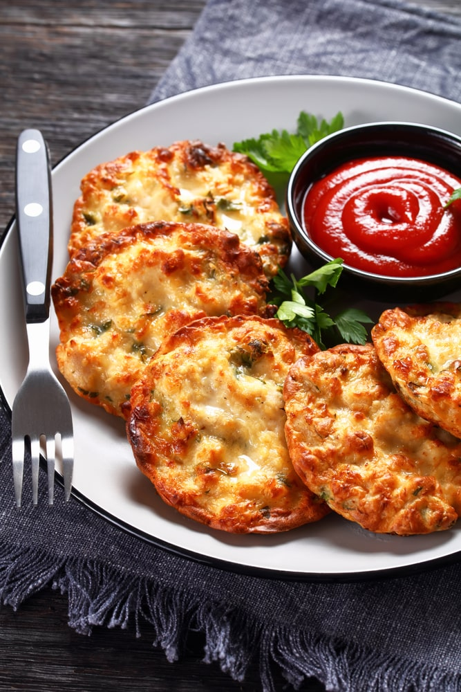 keto chicken cheese fritters